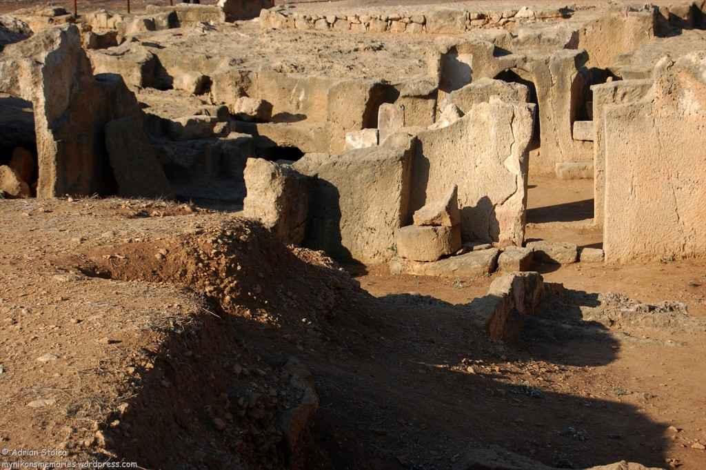 Tombs17